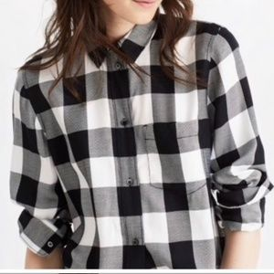 Black and cream Madewell Buffalo check shirt